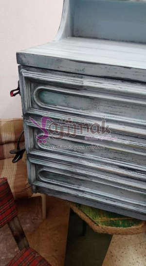 Renovated drawers unit